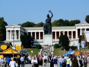 Bavaria statue Munich (2)